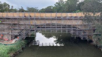 cantilever scaffolding landsdowne bridge
