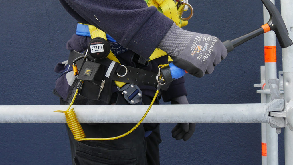 Scaffolding hammer safely secured to 3M Hook2Ring Tether