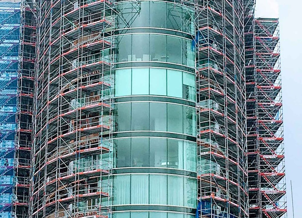 Upright Access Systems used Layher Scaffolding and GEDA hoists on this apartment block near Auckland.