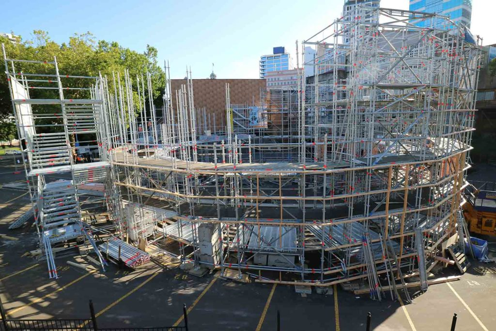 Scaffolding begins on The Globe Theatre