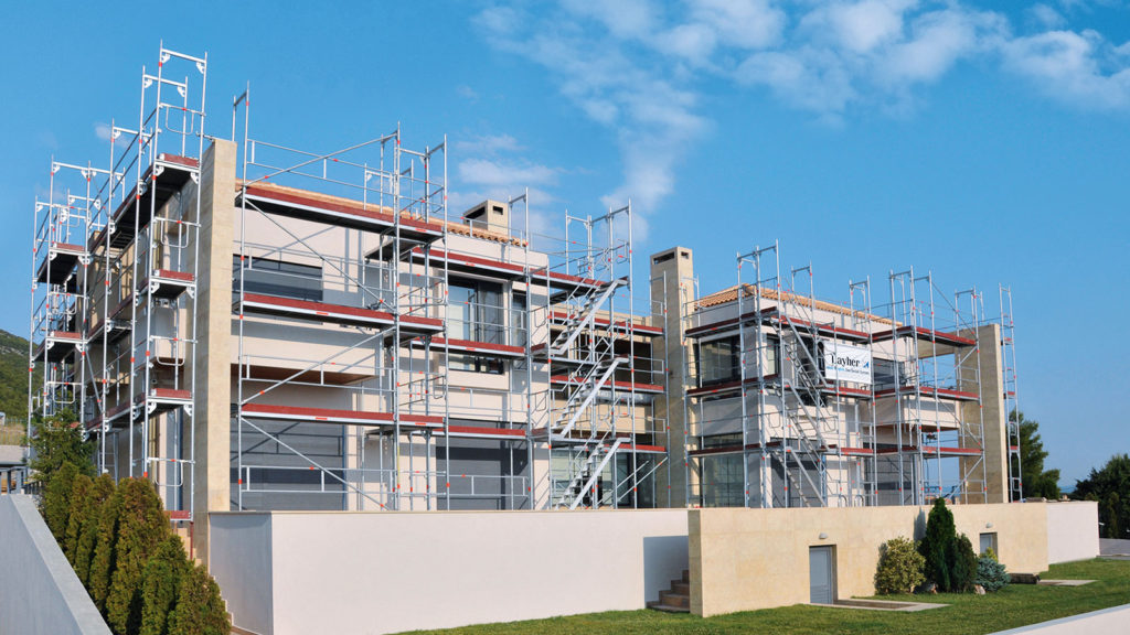 Residential scaffolding using Layher SpeedyScaf